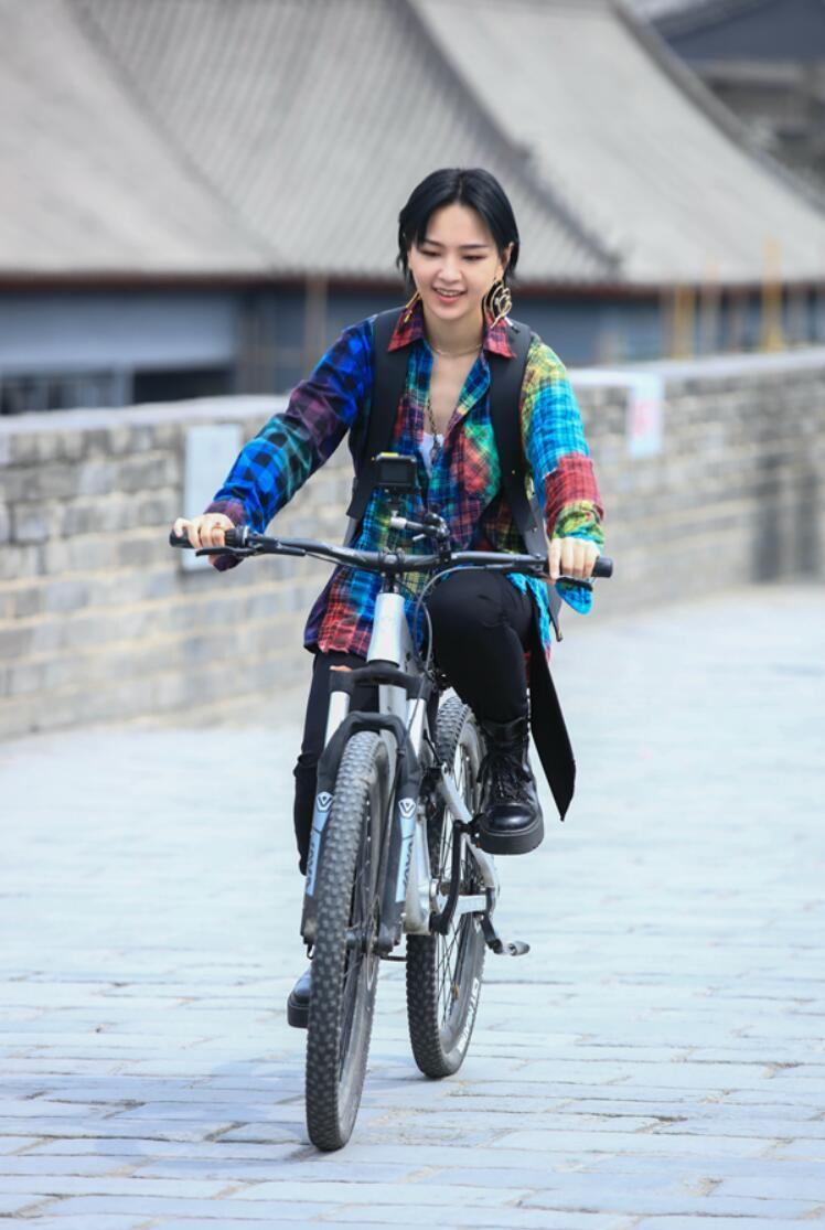 周笔畅《街头音浪》 Xi长安站感受古今音乐的融合与碰撞