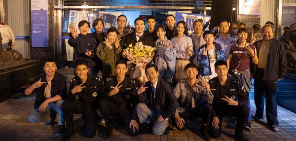 黄涛的新电影《大赢家》展示了英俊的特警荷尔蒙的爆发