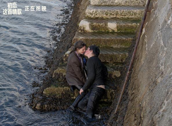 《初恋这首情歌》浪漫热映中 口碑引爆青春盛筵