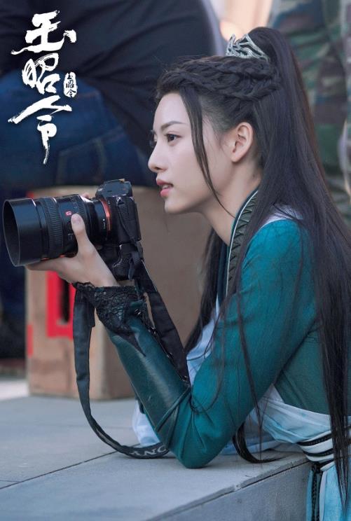 《【摩臣登陆地址】张艺上新剧《雪中悍刀行》官宣 魅惑女侠舒羞引期待》
