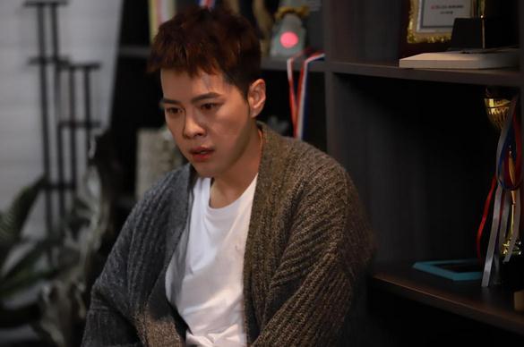 《触网情深》曝伤痛版预告 徐海乔赖雨濛青春残酷物语