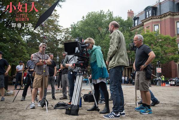《小妇人》导演与男友携手冲奥 或两提最佳导演创女导演历史