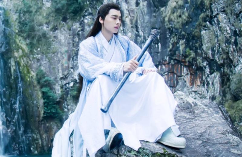 《月上重火》重新定档,陈钰琪新剧已开拍,男主比罗云熙来头还大