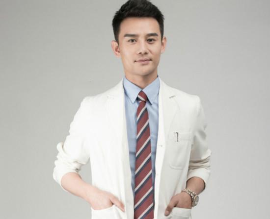 盘点医疗剧中最帅白大褂  靳东巩峥王凯吸睛十足