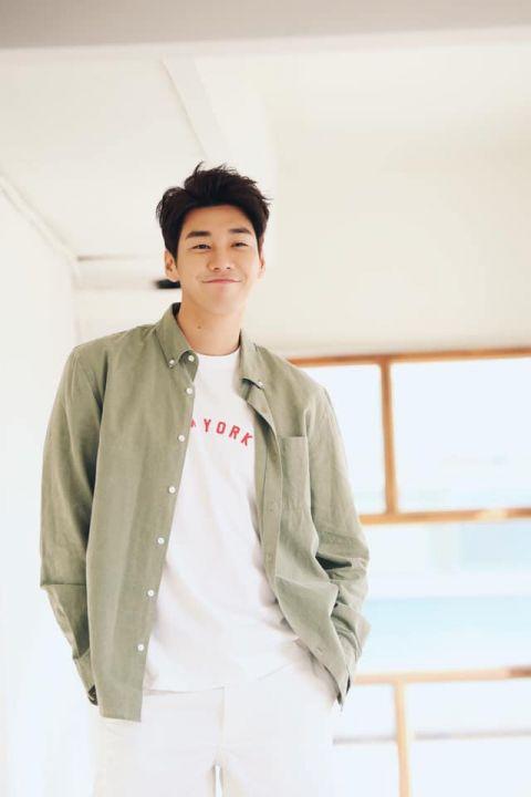 金英光有望演出KBS新月火剧《嗨,是我!》终于回归电视圈?