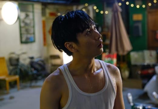 陈晓本色出演新剧热播吸粉不断 戏里戏外展现有趣的灵魂