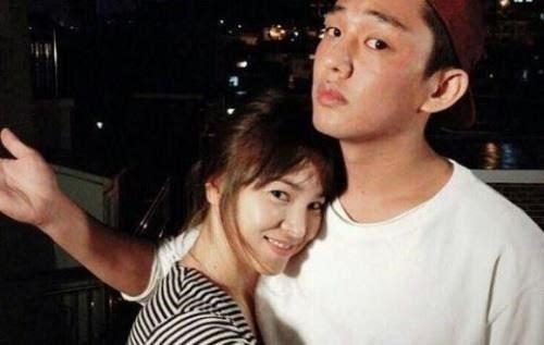 刘亚仁客串《太阳的后裔》是因为宋慧乔?
