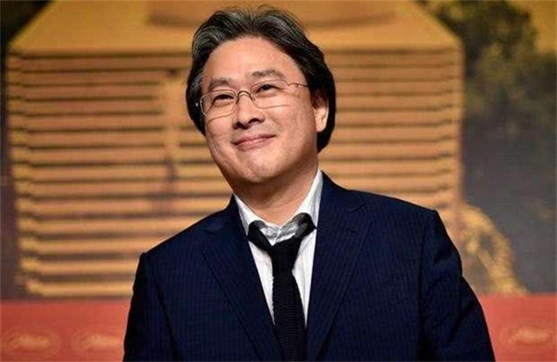 汤唯决心出演韩国热播电影《小姐》导演朴赞郁的新电影