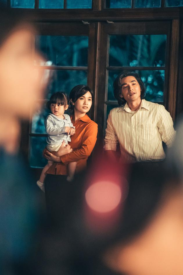 杨清琳新作被选为金朔相闭幕式电影中性复古造型曝光