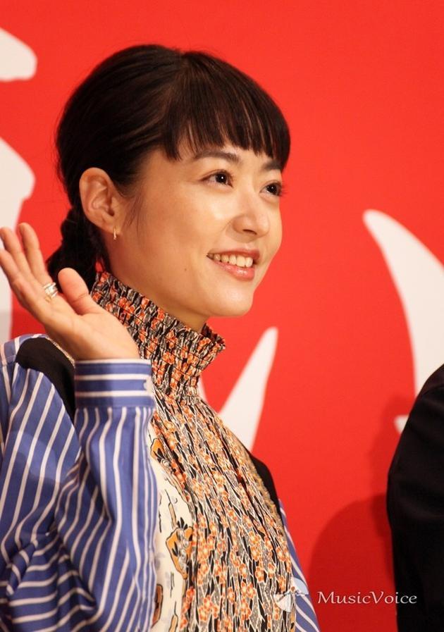 郑尚真阳参加电影纪念活动 说千金人物体验新鲜