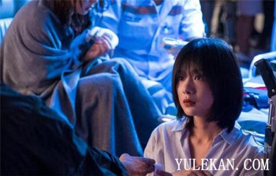 【美天棋牌】网剧版《唐探》帮凶之一的查雅明明走了,为什么还要回来?