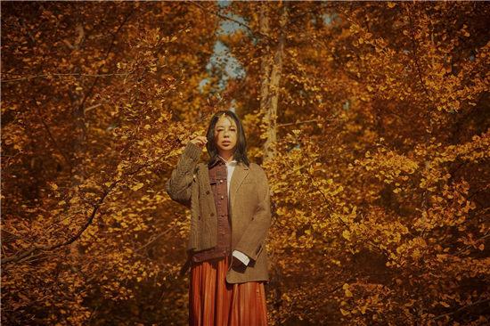 黄绮珊自选辑先导EP《出走》正式上线