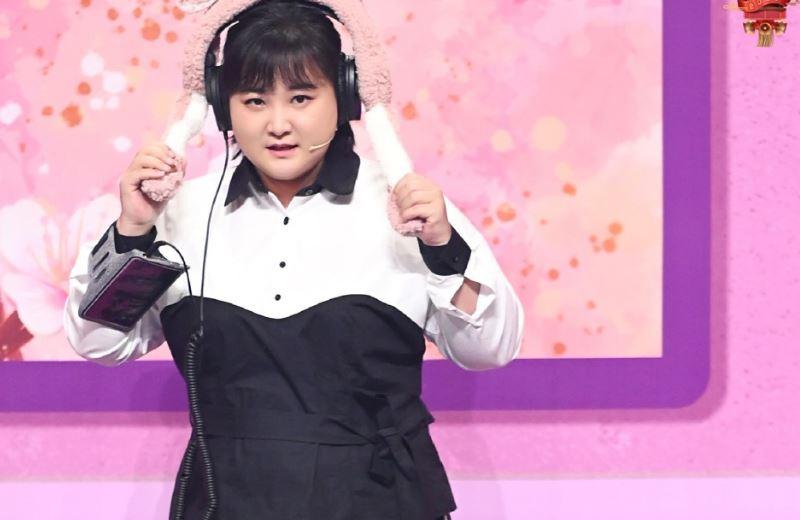 """《王牌》华晨宇的""""亲人""""是张歆艺,坦言经常去她家蹭饭"""