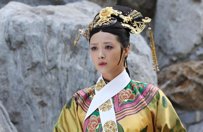 甄嬛传:华妃独得皇宠为何还败给皇后?皇帝爱华妃比皇后还多?