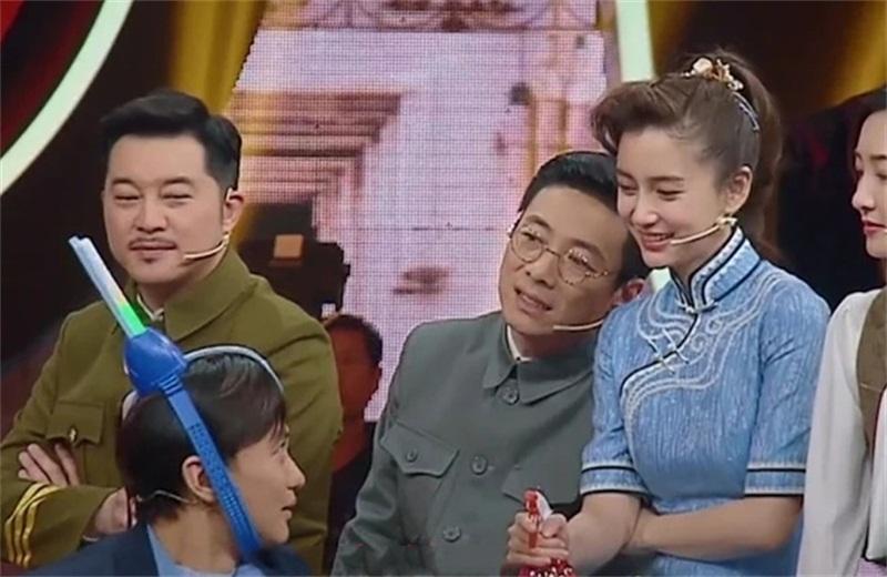 周一围被华晨宇问到演技最差的一幕 转头看宝宝 宝宝直接回来了