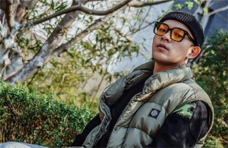 """回顾《中国新说唱》,网友称黄旭是""""rapper遗珠"""",实力强却没得冠"""