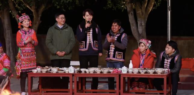 《我们在行动》钟汉良胡静云南推广沃柑产业 80后村主任坚守扶贫获关注
