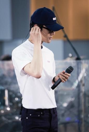 王凯惊喜回归《跨界歌王》 成首个补位歌手引期待