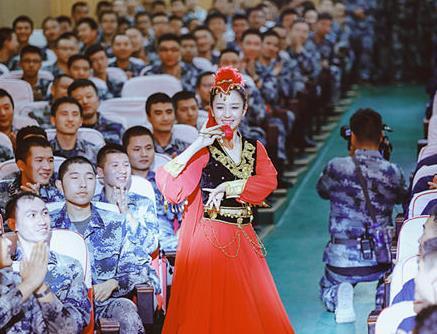朱丽娅新疆舞蹈福利广播超级治愈励志《暖心》