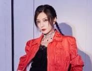 赵薇《演员请就位2》红装飒气十足 率性直言欣赏的演员特征