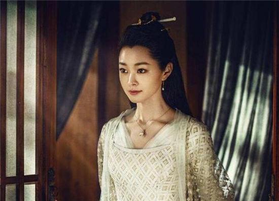 【美天棋牌】《粉红女郎》宋轶要演结婚狂?要翻拍了吗?