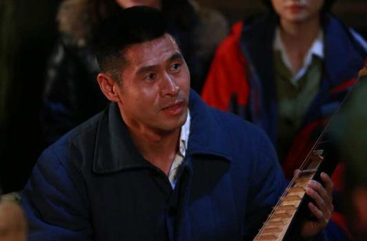 《【摩臣娱乐登录地址】《知青家庭》登陆央视八台 马东延展现铁汉柔情》