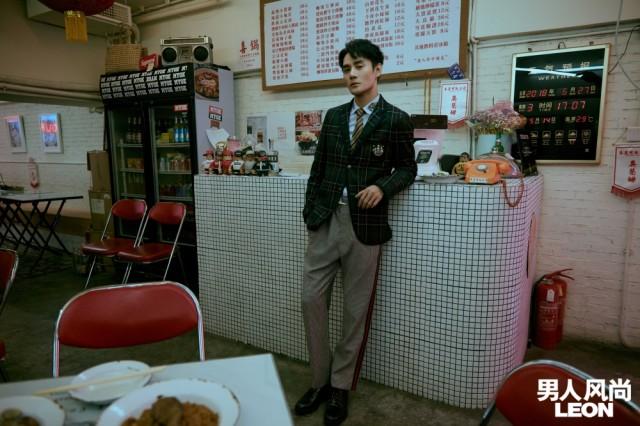 王博文《食光机》北京签售 摇滚开唱与粉丝有爱互撩