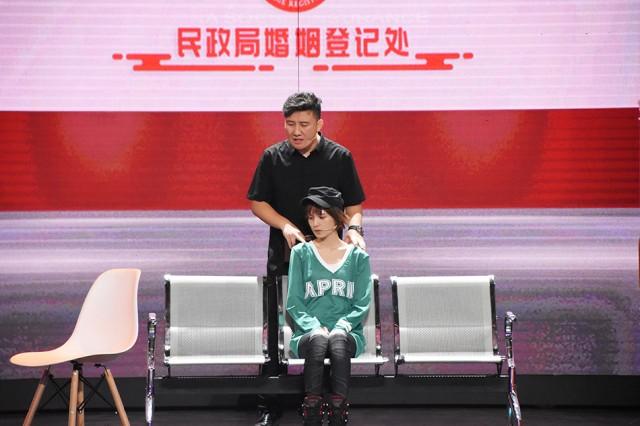 《【合盈国际网上平台】肖茵二度合作杨树林 《跨界喜剧王》演绎爱情故事》