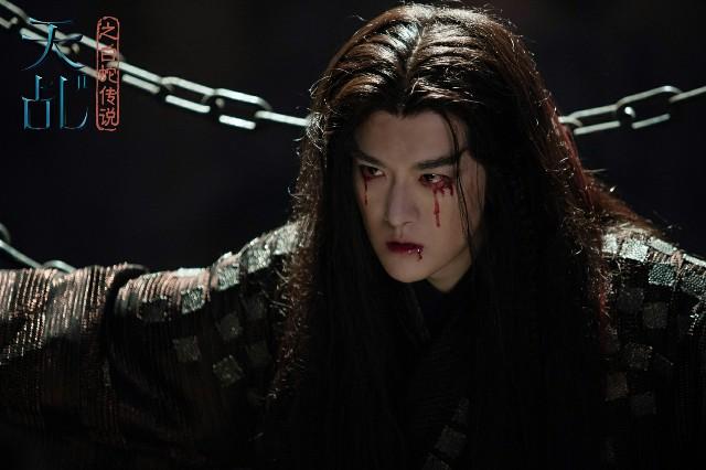 傅方俊《天乩之白蛇传说》抢镜 帅气大反派坏出新高度