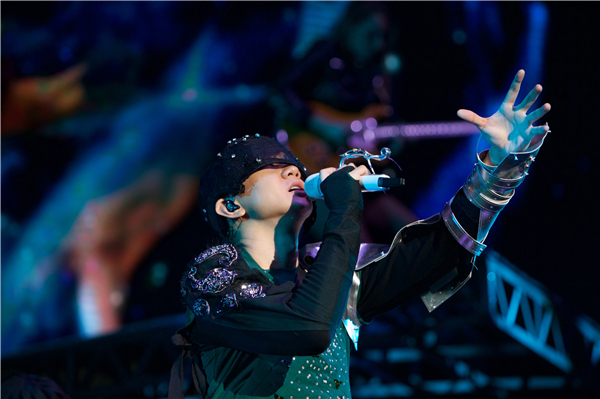 【美天棋牌】林俊杰世界巡回演唱会上海起航开唱