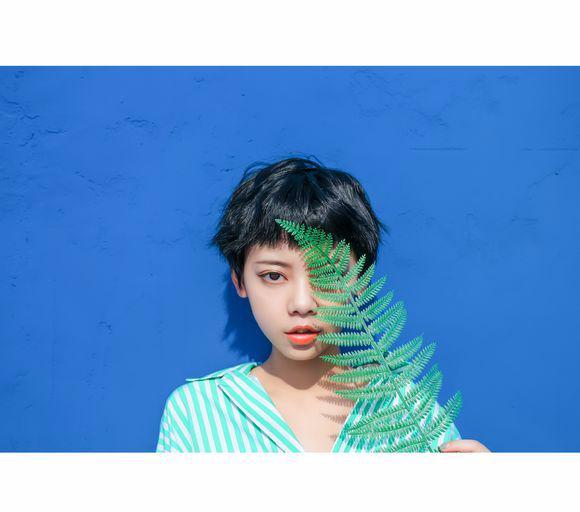 【美天棋牌】薛明媛新单首唱 和焦迈奇上演商业互吹