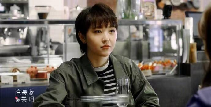 """《了不起的女陔》关羽设计抄袭 安娜表现最""""没落""""的设计师"""