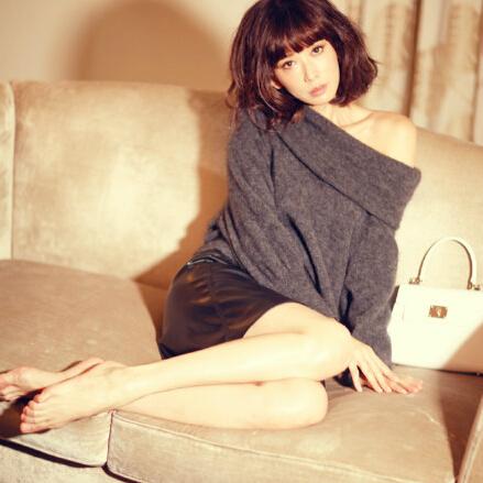 林志玲短发出镜秀美腿 娇羞问:喜欢吗
