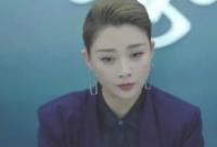 殷桃在新剧正青春剧中的造型引起网友热议