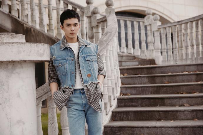 吴磊被曝曾与陈乔恩有段情,工作室发声明斥谣言