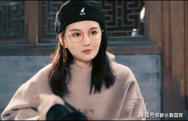 赵本山22岁女儿近照,将自己定位女企业家,直言不再依靠父亲赚钱