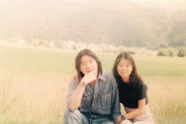 有一种基因叫做高晓松的女儿,本以为丑,却神似奶茶妹妹章泽天
