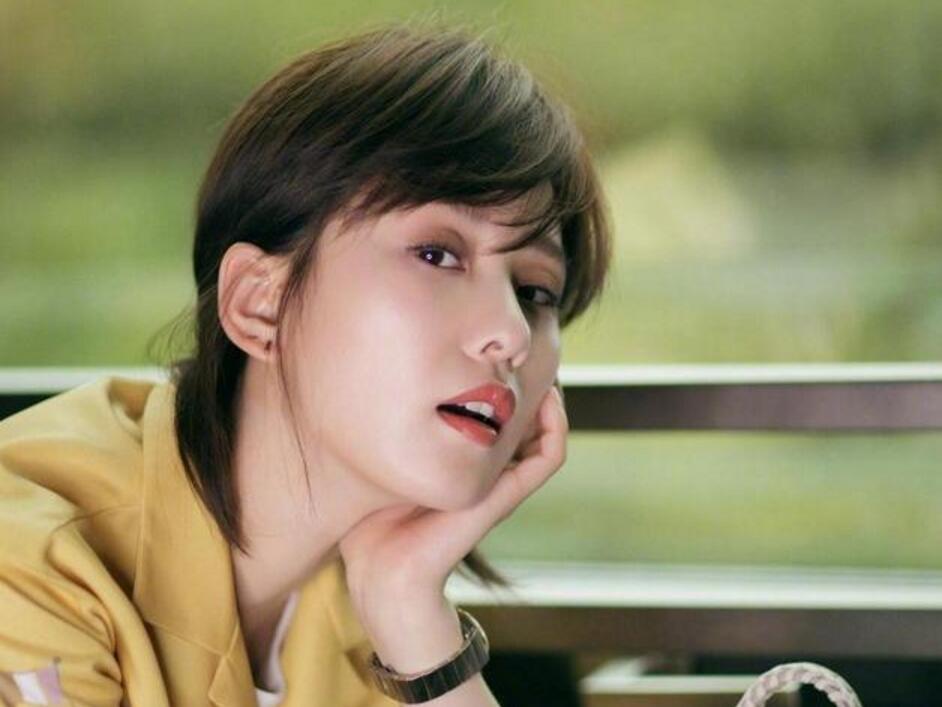 刘诗诗吴亦凡撞发型 网友:这不是周华健的发型么