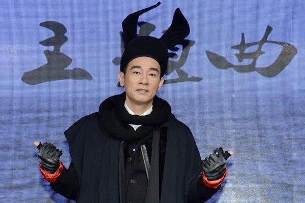 """陈小春""""父凭子贵""""身价暴涨 天价通告费吓跑电视台"""