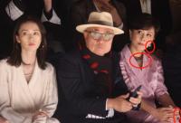 4月8日有媒体晒出近期刘嘉玲现身活动的近照
