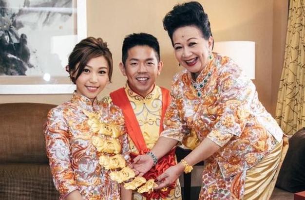恭喜!71岁薛家燕当奶奶 曾豪掷千万娶儿媳