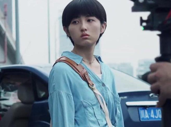 【美天棋牌】张子枫:做不到不真诚拍每一条 新电影票房领跑起清明档