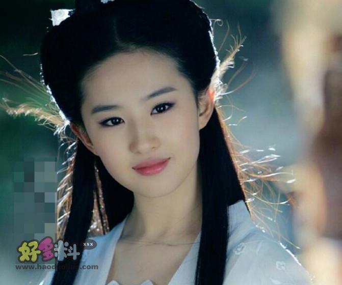 【美天棋牌】李若彤和刘亦菲谁更美 两个人都是观众心中的女神