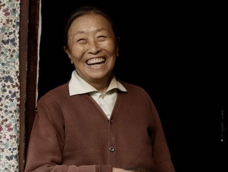 【美天棋牌】知名老戏骨张少华去世 她曾塑造众多经典人物形象