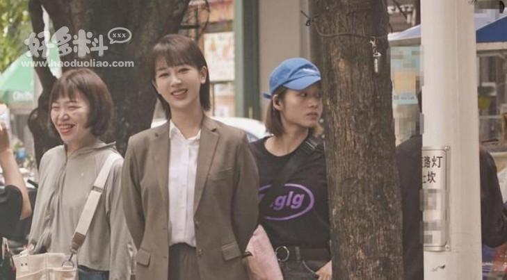 杨紫女心理师吻戏图曝光 被网友称赞与井柏然有cp感