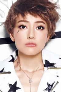 高圆圆杂志大片 酷炫十足玩转视觉冲击