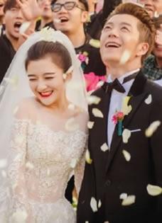 王栎鑫婚礼全套组图 快男伴郎团抢镜