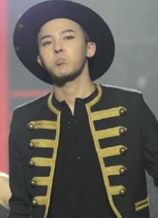 Bigbang嗨翻东方卫视春晚现场组图