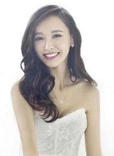 唐嫣再登《时尚新娘》 纯白婚纱美艳性感