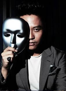 邓超面具写真 引领新的潮流时尚